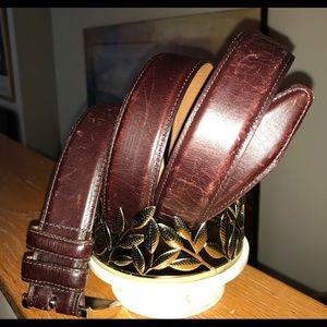 Allen Edmonds Leather Dress Belt. 44